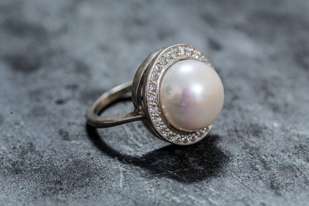 White Pearl Ring, Natural Pearl Ring, Pearl Ring, Large Pearl Ring, Vintage Pearl Ring, June Birthstone, June Ring, Solid Silver Ring, Pearl