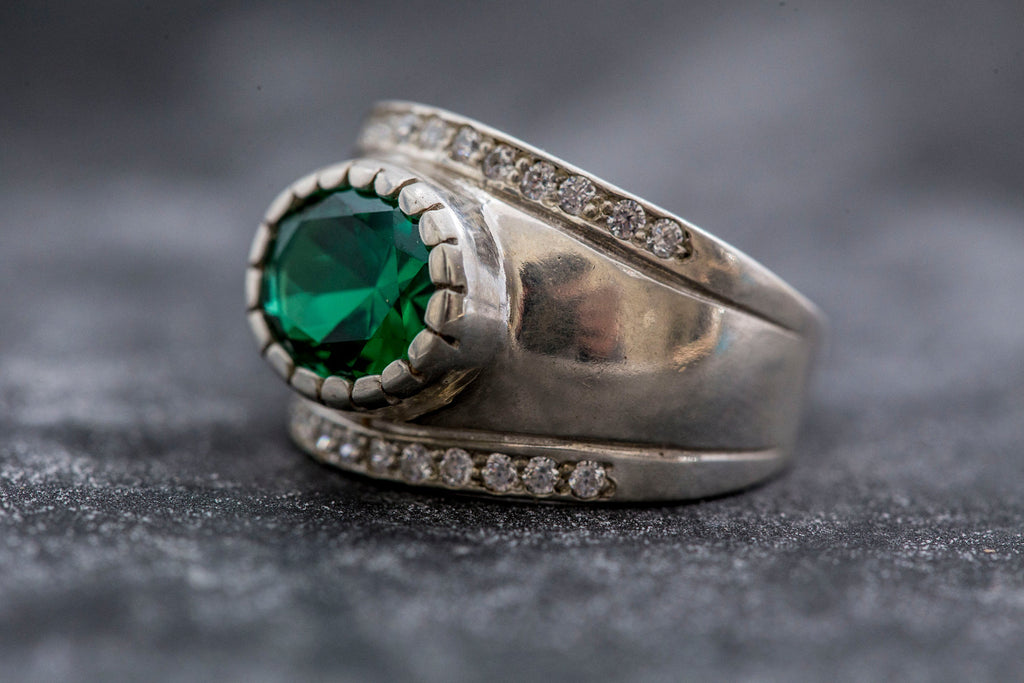 Vintage Emerald Ring, Bezel Ring, 3 Carat Emerald, Created Emerald, Wide Band Ring, Vintage Silver Ring, Wide Silver Ring, Emerald Green