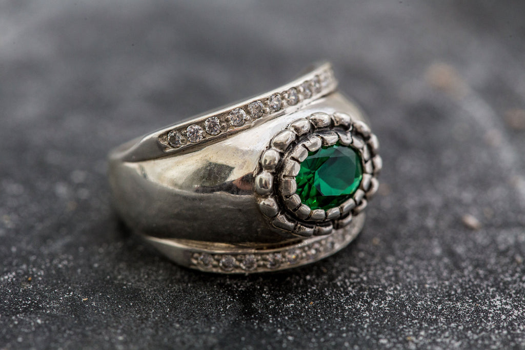 Vintage Emerald Ring, Bezel Ring, 2 Carat Emerald, Created Emerald, Wide Band Ring, Vintage Silver Ring, Wide Silver Ring, Emerald Green