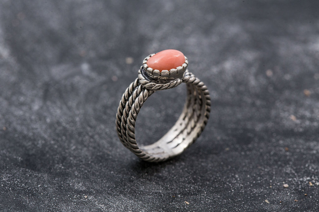 Coral Ring, Natural Coral, March Birthstone, Angel Skin Coral, Pink Coral, Vintage Rings, Pink Ring, Thick Silver Ring, Bezel Ring, Coral