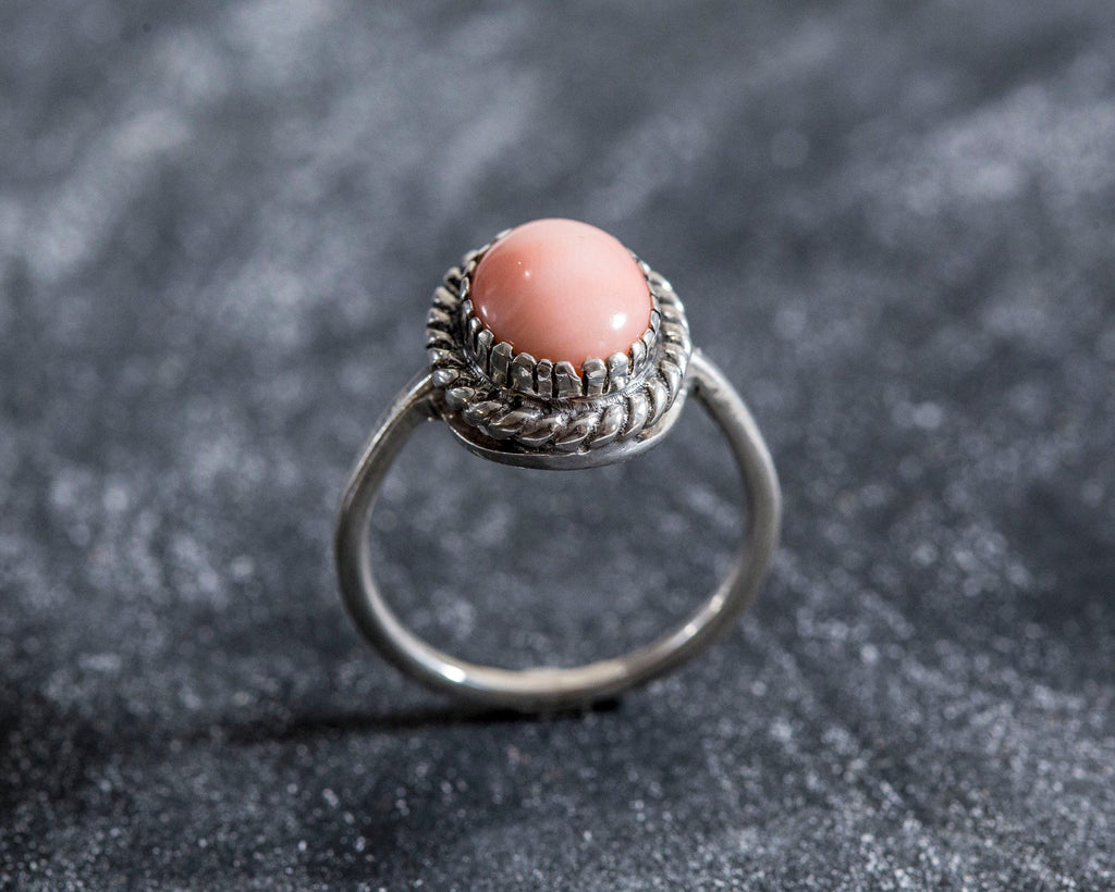Pink Coral Ring, Natural Coral Ring, March Birthstone Ring, Angel Skin Coral, Vintage Silver Ring, Vintage Rings, Solid Silver Ring, Coral
