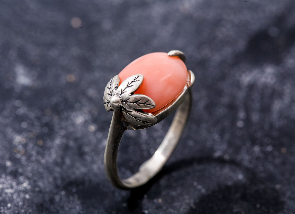 Leaf Ring, Natural Coral Ring, Horizontal Ring, March Birthstone Ring, Pink Coral Ring, Angel Skin Coral, Vintage Rings, Solid Silver Ring