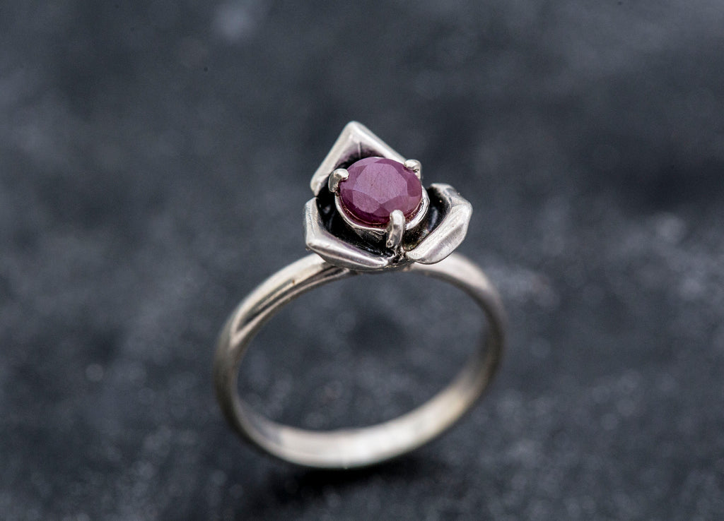 Red Rose Ring, Real Ruby Ring, Flower Ring, Natural Ruby, Vintage Ruby Ring, July Birthstone Ring, Rose Ring, Red Flower Ring, Solid Silver