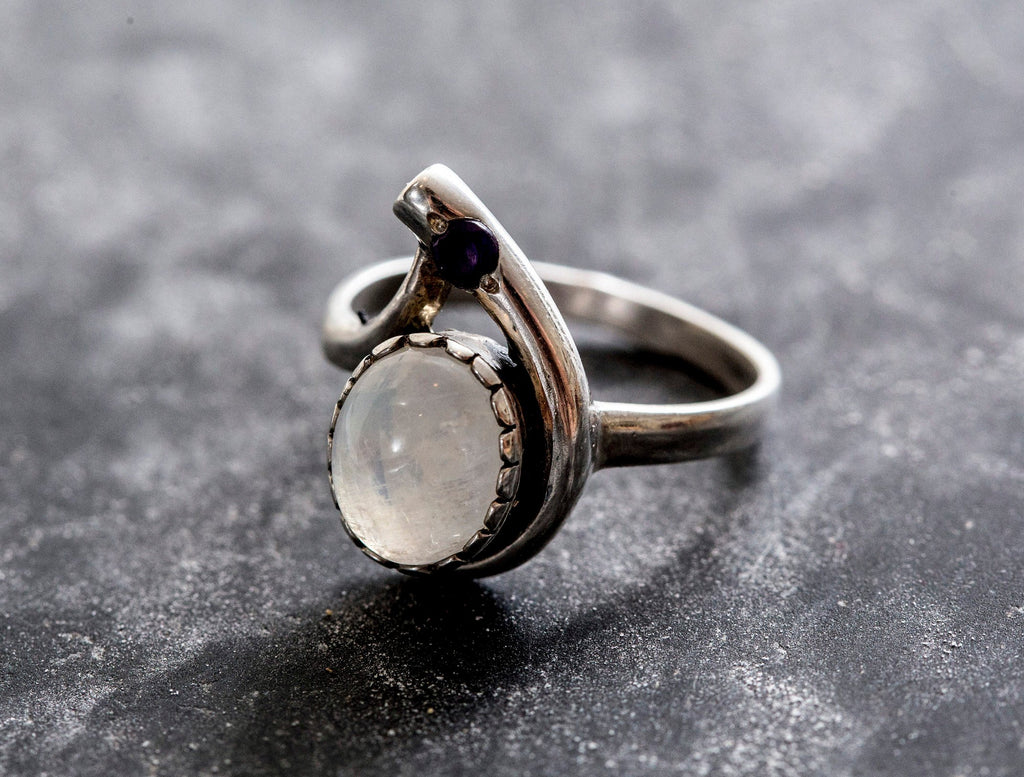 Moonstone Ring, Rainbow Moonstone, Vintage Rings, June Birthstone, Natural Moonstone, Silver Ring, June Ring, Moonstone, Solid Silver Ring