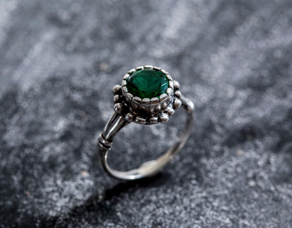 Emerald Ring, Antique Ring, Vintage Ring, Solid Silver Ring, Pure Silver, Created Emerald, Antique Emerald Ring, Antique Rings, Green Ring