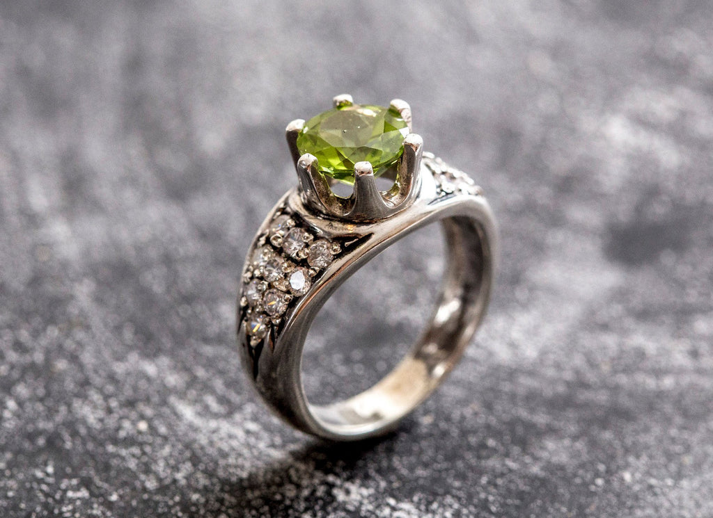 Peridot Ring, Natural Peridot, Edwardian Ring, Engagement Ring, Vintage Ring, Solid Silver Ring, Sterling Silver Ring, Wide Band, Bezel Ring
