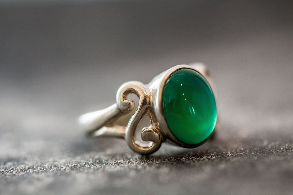 Emerald Ring, Antique Ring, Created Emerald, Vintage Ring, Infinity Emerald Ring, Antique Rings, Sterling Silver Ring, Green Vintage Ring