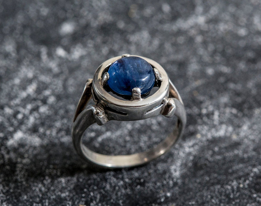 Genuine Kyanite, Blue Kyanite Ring, Natural Kyanite, Vintage Blue Rings, Deep Blue Stone, Unique Ring Design, Solid Silver Ring, Kyanite