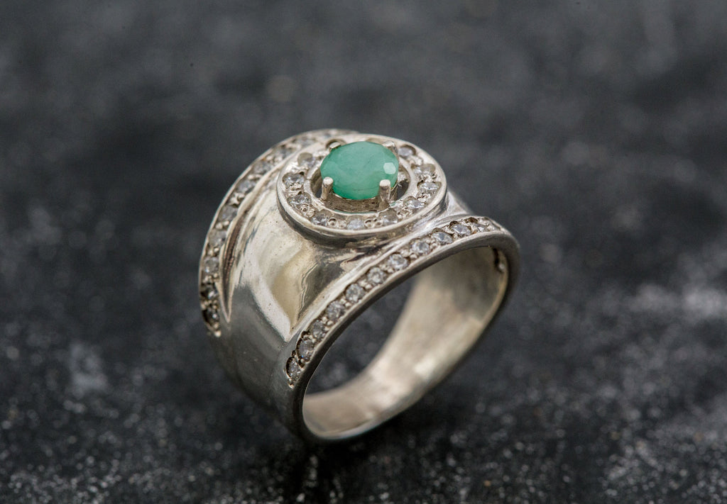 Vintage Emerald Ring, Bezel Ring, Natural Emerald Ring, Vintage Silver Ring, Wide Ring, May Birthstone Ring, Real Emerald Ring, Solid Silver