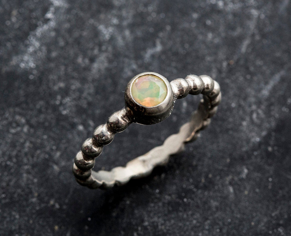 Fire Opal Ring, Natural Opal, Dainty Opal Ring, Ethiopian Opal, Genuine Opal, Vintage Opal Ring, October Birthstone, Solid Silver Ring, Opal