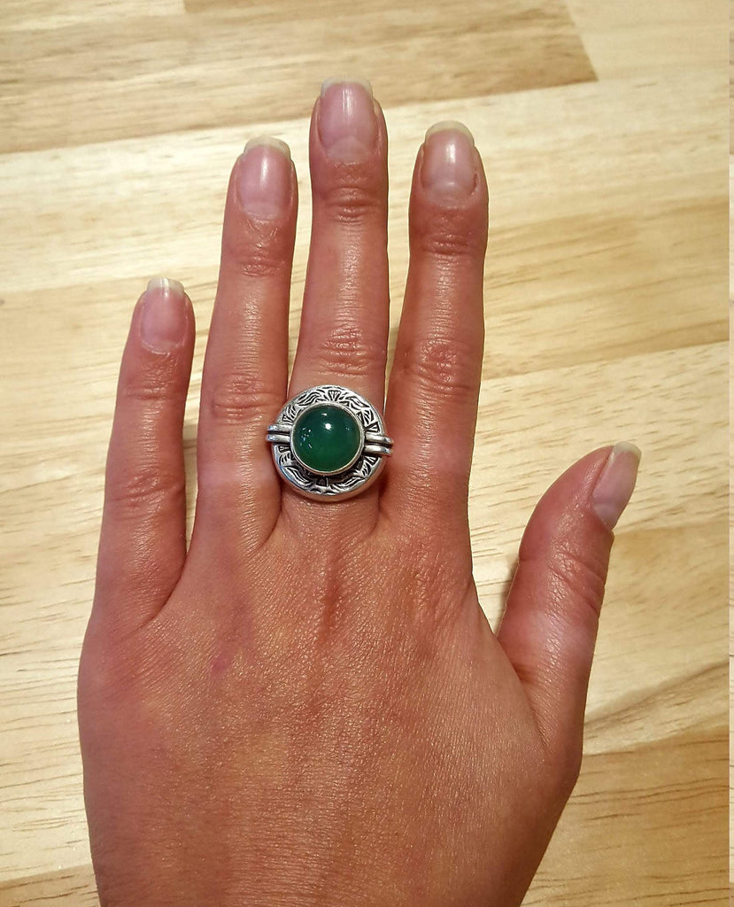 Emerald Ring, Created Emerald , Egyptian Ring, Tribal Ring, Vintage Rings, Green Ring, Unique Ring, Artistic Design, Green Emerald, Emerald