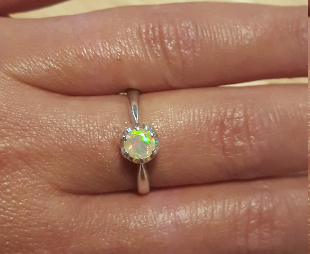 Opal Promise Ring, Natural Opal Ring, Ethiopian Opal, Precious Opal, Vintage Rings, Promise Ring, Fire Opal Ring, Solid Silver Ring, Opal