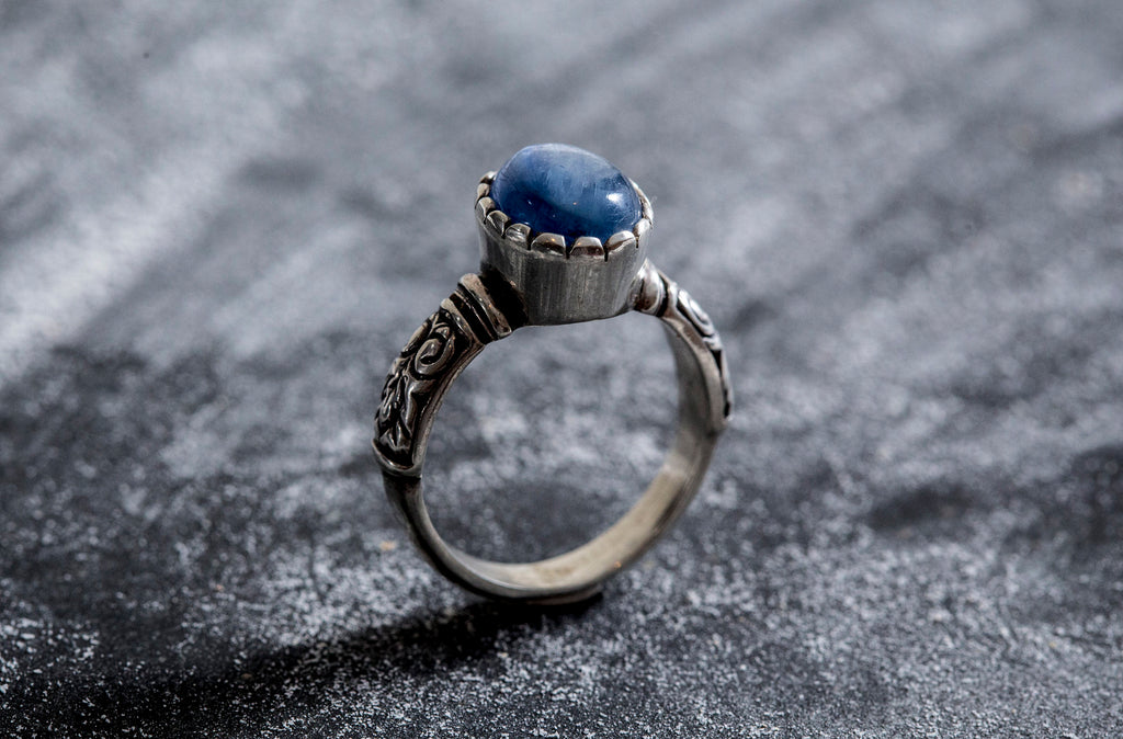 Kyanite Ring, Natural Kyanite, Vintage Ring, Tribal Ring, Blue Artistic Ring, Birthstone Ring, Solid Silver Ring, Kyanite