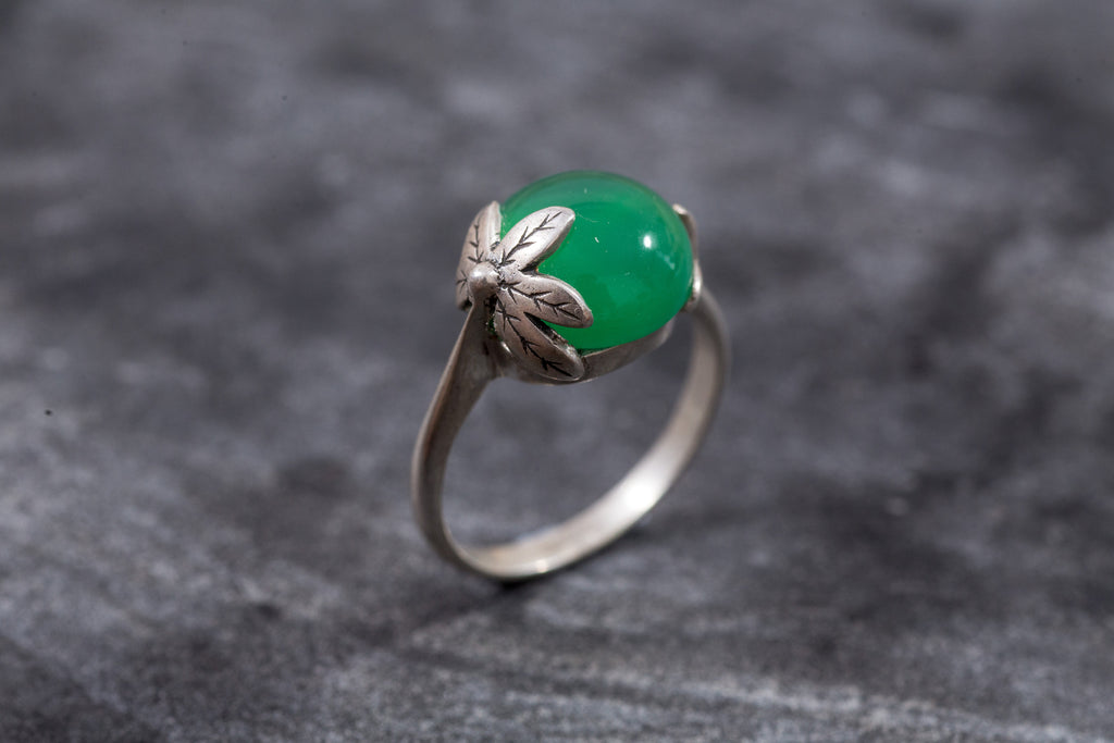Flower Ring, Emerald Green, Created Emerald, Leaf Ring, Delicate Ring, Green Ring, Sterling Silver Ring, Solid Silver Ring, Pure Silver