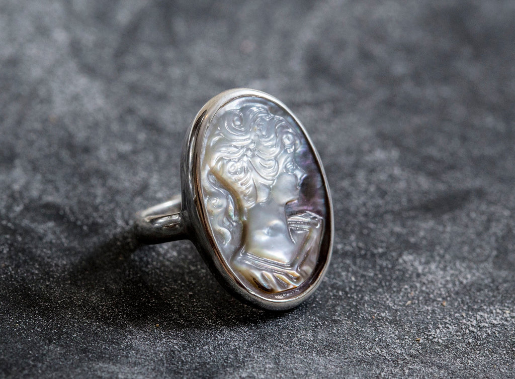 Cameo Ring, Shell Pearl Ring, Natural Shell Pearl, Lady Ring, Artistic Ring, Solid Silver Ring, Mother of Pearls, Roman Ring, Shell Pearl