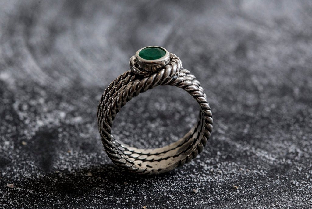 Emerald Ring, Natural Emerald, May Birthstone, Vintage Ring, Tripel Band, Bezel Ring, 1 Carat Emerald, Solid Silver Ring, Pure Silver