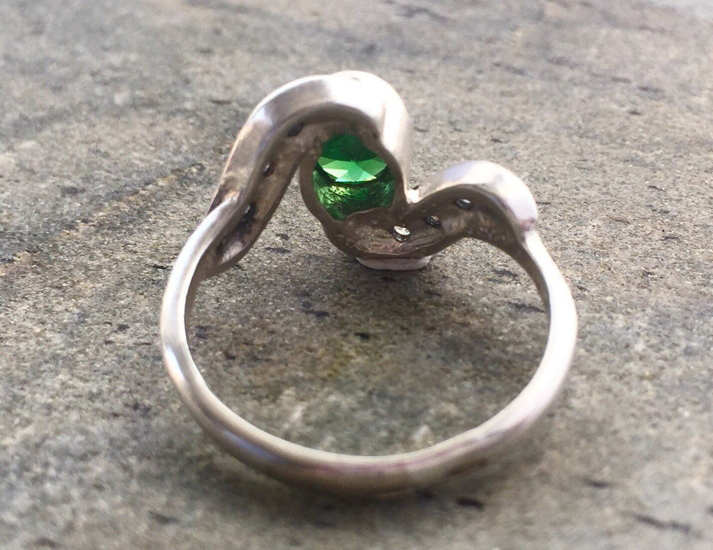 Emerald Ring, Created Emerald, Vintage Rings, Vintage Emerald Ring, Emerald Green Ring, Antique Emerald Ring, Solid Silver Ring, Pure Silver