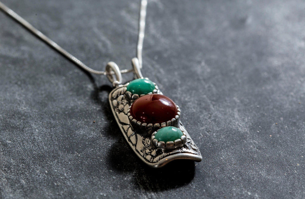 Red Agate Pendant, Emerald Pendant, Natural Red Agate, Natural Emerald, Tribal Pendant, August Birthstone, Silver Pendant, Emerald, Agate