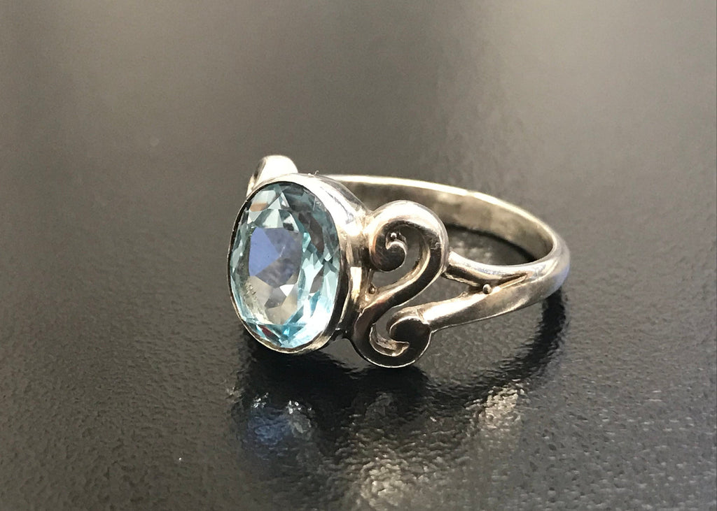 Blue Topaz Ring, Natural Blue Topaz, Topaz Ring, Unique Ring, December Birthstone, Solid Silver Ring,Blue Ring, December Ring, Blue Topaz