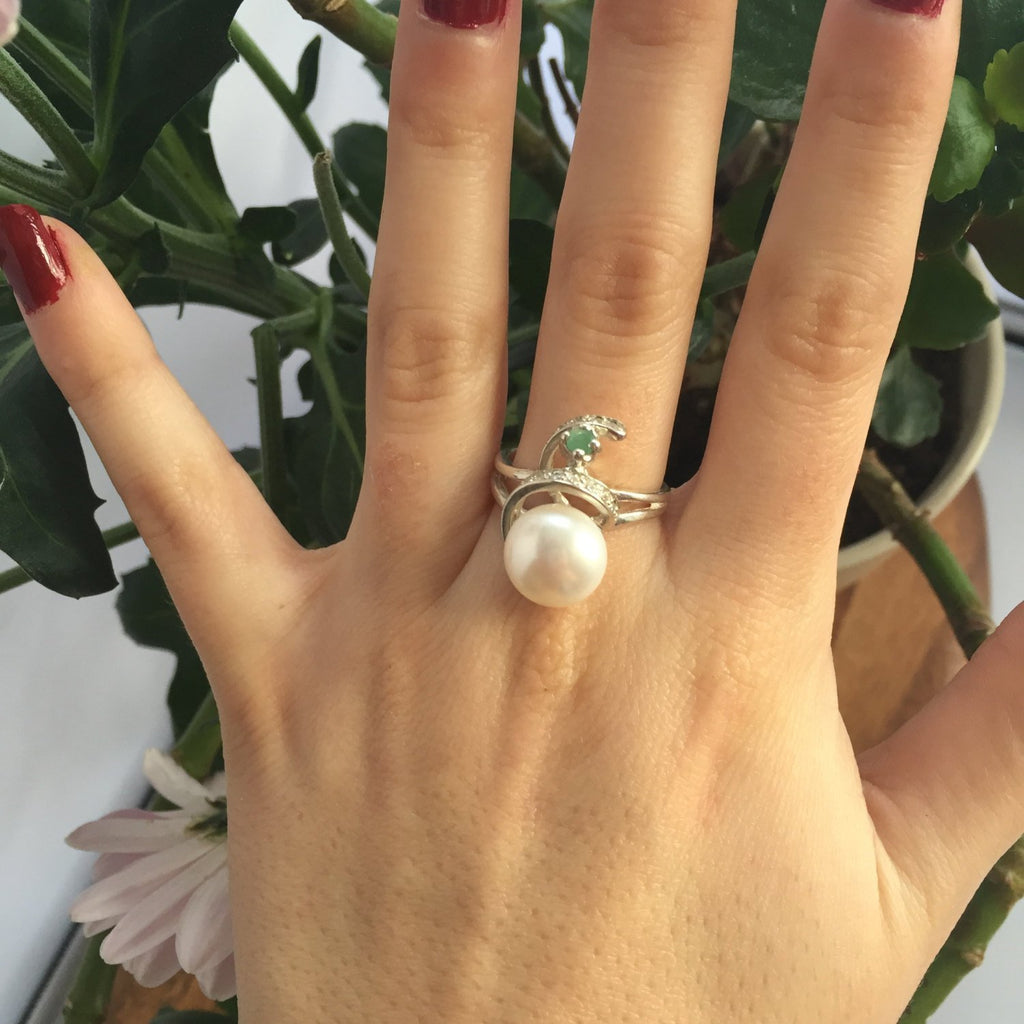 White Pearl Ring, Natural Emerald, Vintage Rings, June Birthstone, Chunky Ring, Natural Pearl, June Ring, Solid Silver Ring, Emerald, Pearl