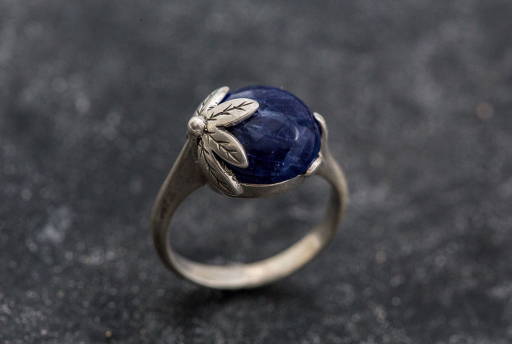 Blue Leaf Ring, Sodalite Ring, Natural Sodalite, Blue Ring, Vintage Blue Ring, Blue Sodalite Ring, Leaf Ring, Solid Silver Ring, Sodalite