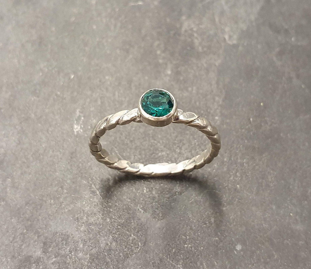 Dainty Emerald Ring Green Diamond Ring Created Emerald Emerald Ring Silver Braided Ring Vintage Ring 925 Silver Ring Solitaire Ring