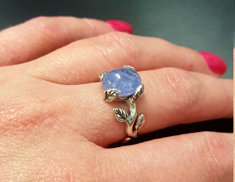 Rainbow Moonstone Ring, Leaf Ring, Vintage Ring, June Birthstone, Natural Moonstone Ring, Flower Ring, Silver Branch Ring, Solid Silver Ring