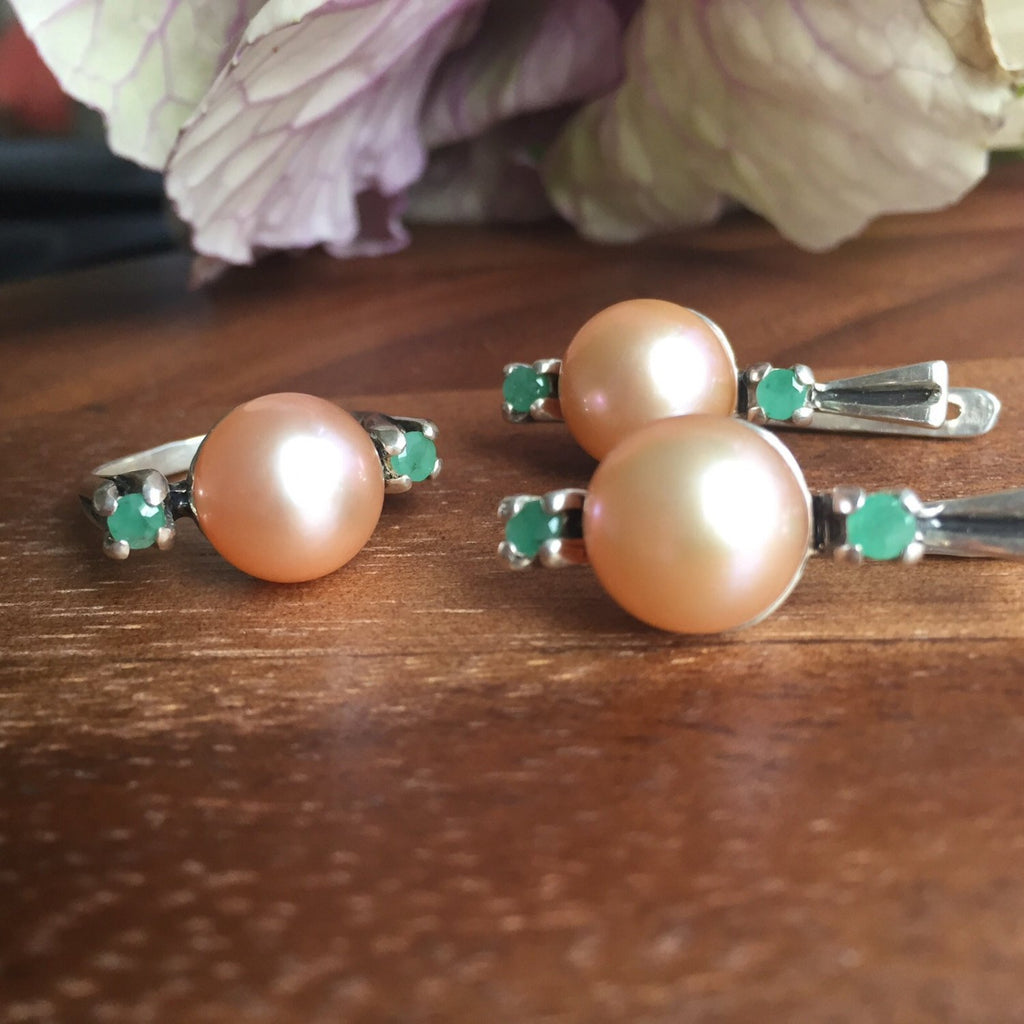 Pearl Ring, Emerald Ring, Natural Pearl, Natural Emerald, Vintage Pearl Ring, June Birthstone, Cream Pearl, May Birthstone, Solid Silver