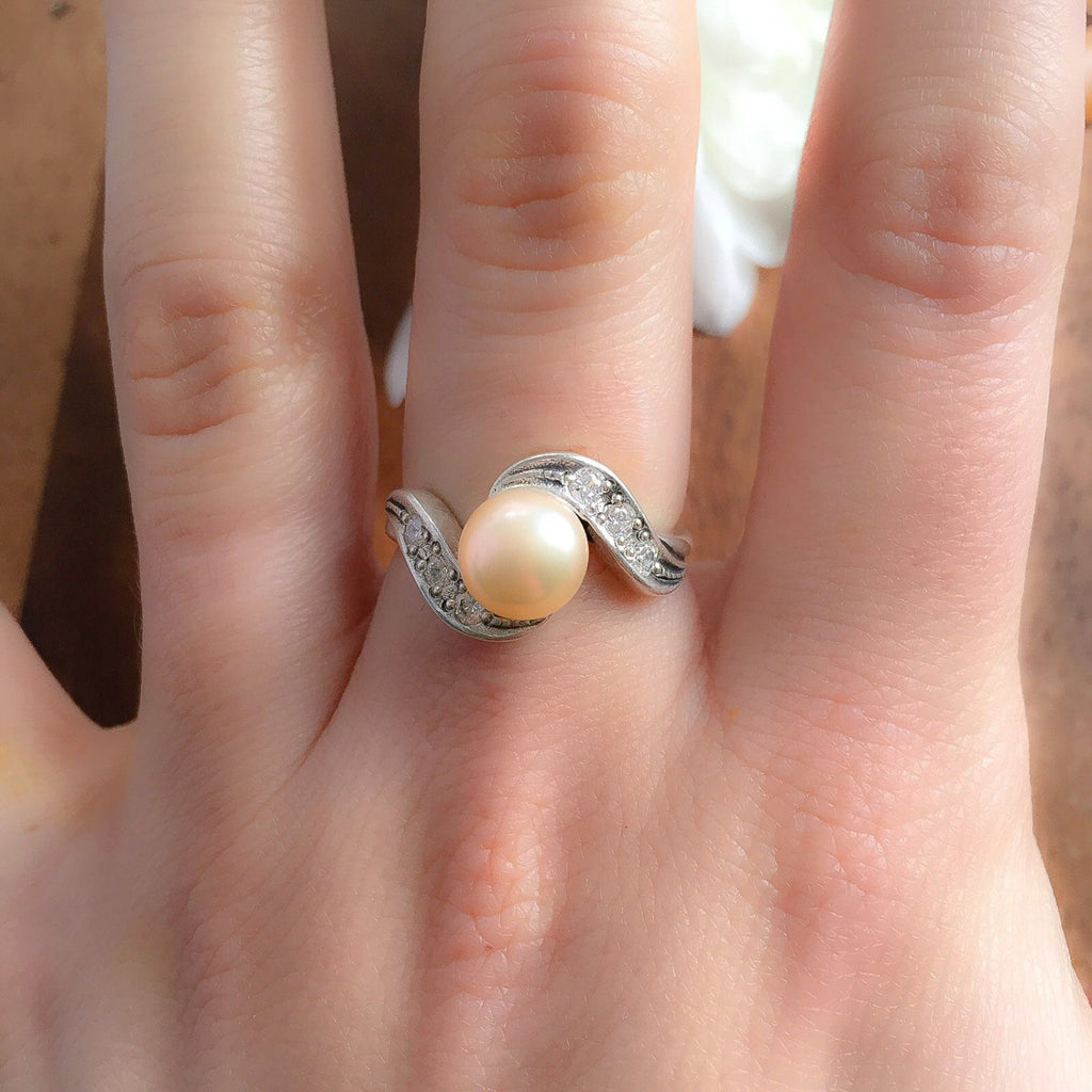 Pearl Ring, Natural Pearl, Peach Pearl Ring, June Birthstone, June Ring, Vintage Pearl Ring, Antique Pearl Ring, Solid Silver Ring, Pearl