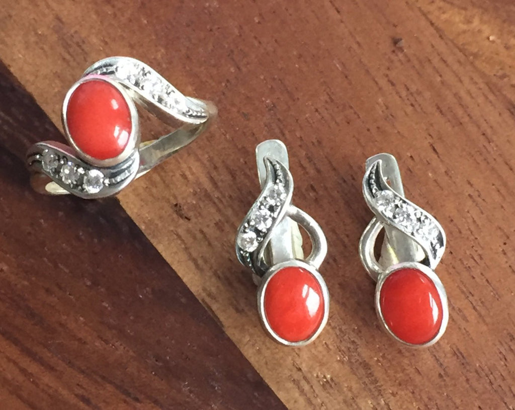 Red Coral Earrings, Natural Coral, Vintage Earrings, March Birthstone, Red Earrings, March Earrings, Sterling Silver Earrings, Red Coral
