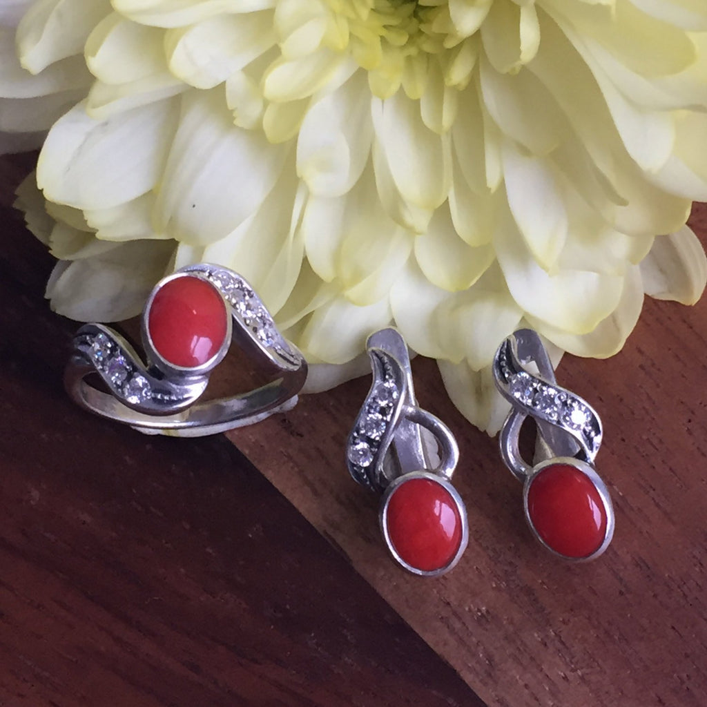 Coral Ring, Natural Coral, Red Coral Ring, March Birthstone, Vintage Coral Ring, Red Stone Ring, Vintage Rings, Solid Silver Ring, Coral