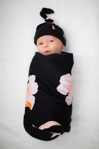 Willow Swaddle Blanket & Matching Newborn Hat Set