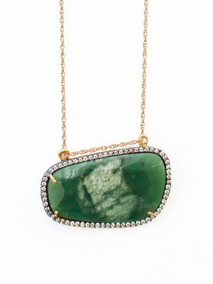 Avindy Chrysoprase Slice Necklace | Vegan Scene