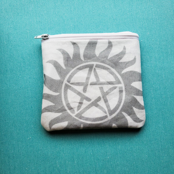 Protection Symbol Single, Knitting Notion Pouch
