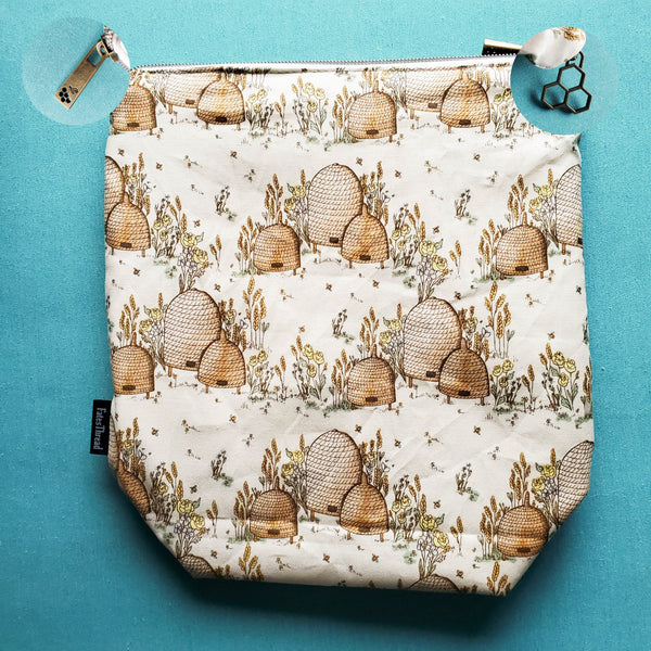 Bee Hive, Small Zipper Project Bag