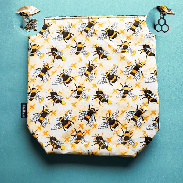 XO Bee, Small Zipper Project Bag