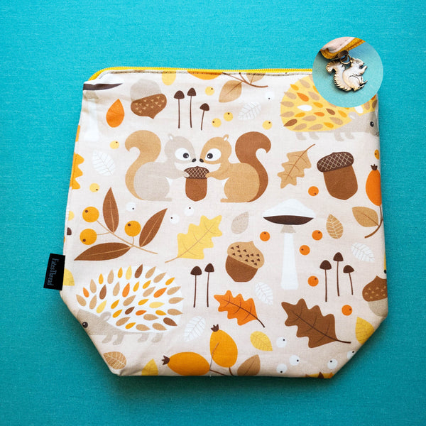 Squirrels and Acorns, small zipper bag