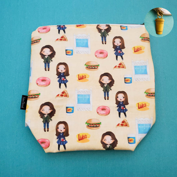 Coffee girls on Yellow, Small zipper Bag