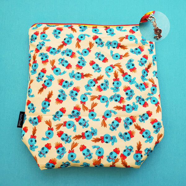 626 Scrump Doll Hawaii, Small zipper Bag