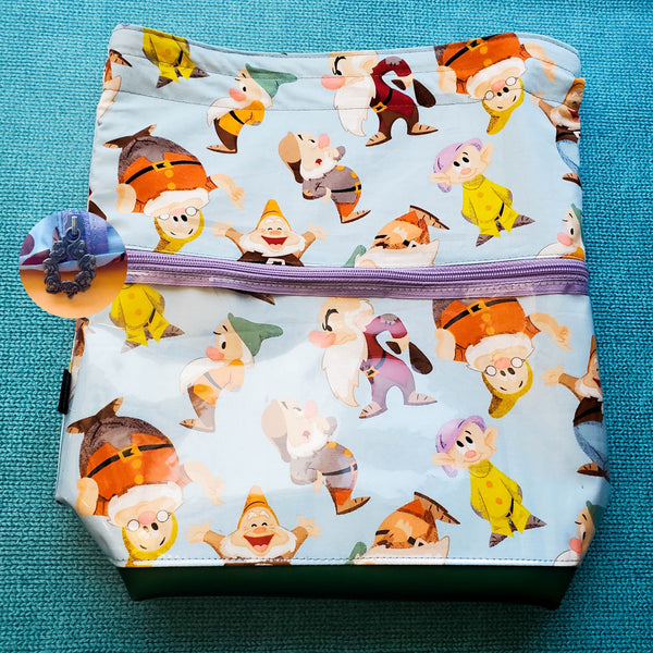 Seven Dwarves, Deluxe Large Bag with Clear zipper pocket