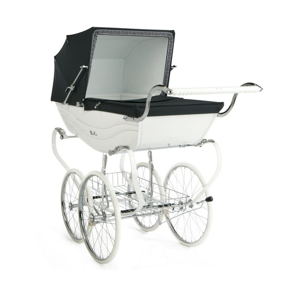 Balmoral Pram - White and Navy