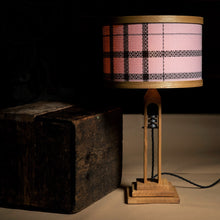 Load image into Gallery viewer, The Weavers Coorie Lamp