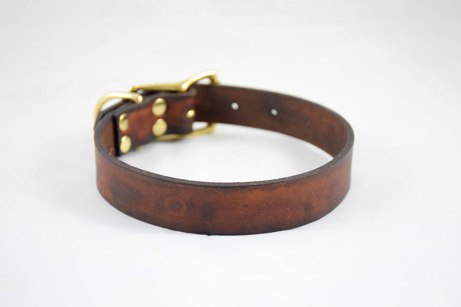 The Elessar Collar: Timber Brown & Brass Leather Dog Collar