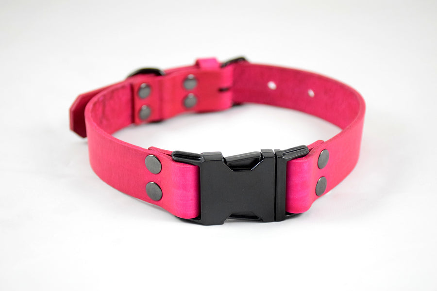 The Elessar QR Collar: Pink & Black Quick Release Leather Dog Collar