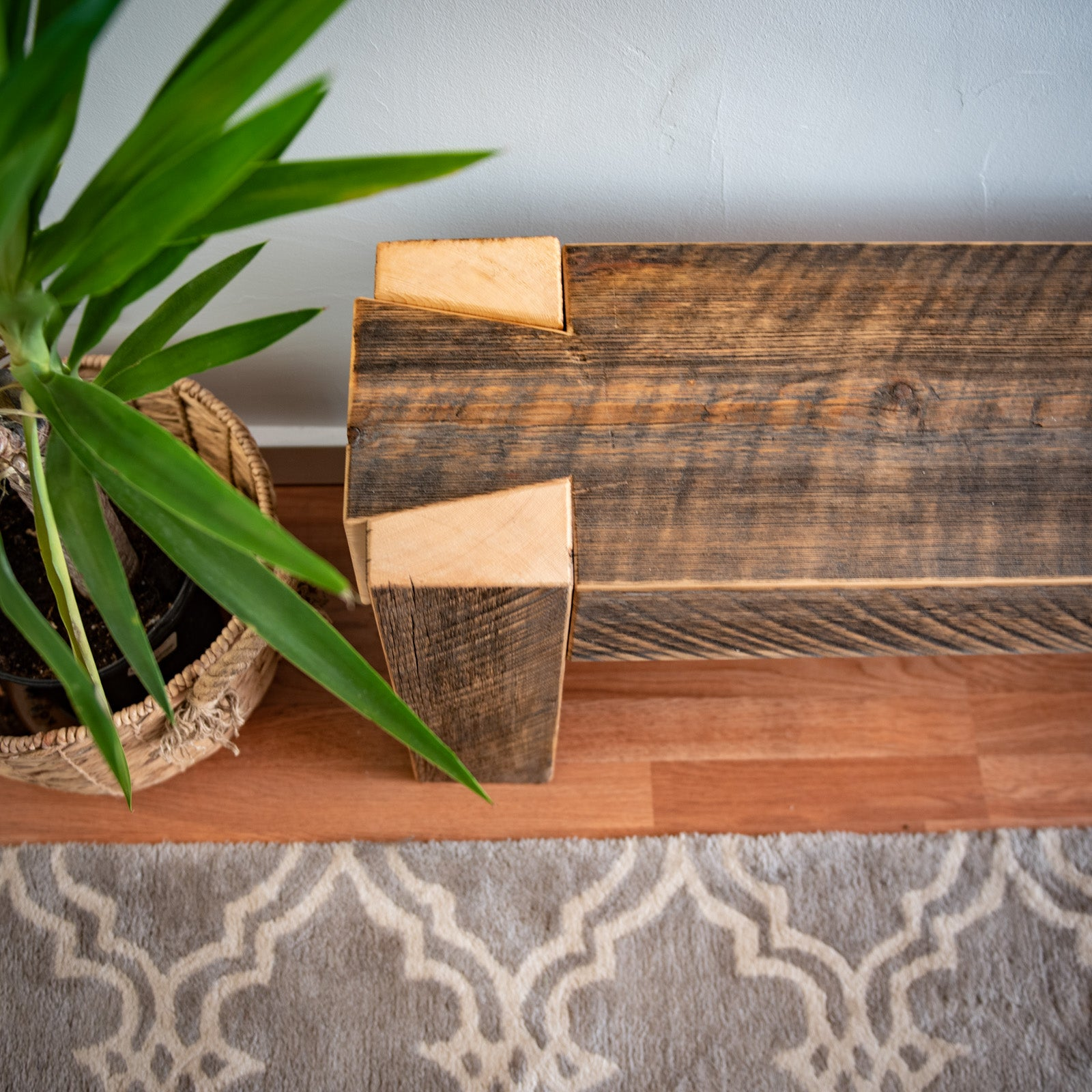 Outstanding Beam Bench Dovetail From Reclaimed Spruce Ibusinesslaw Wood Chair Design Ideas Ibusinesslaworg