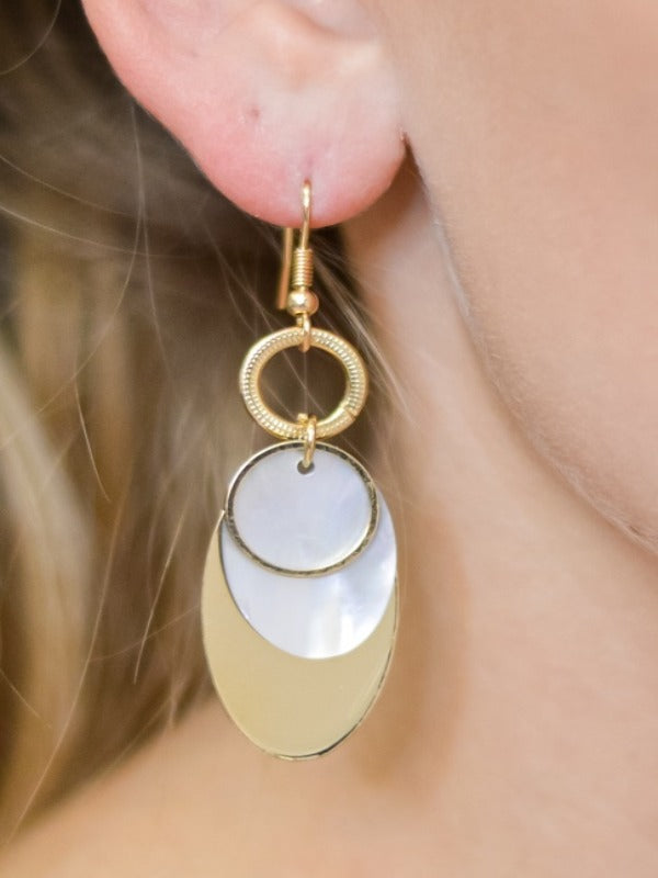 Multi-layered Gold Dangle