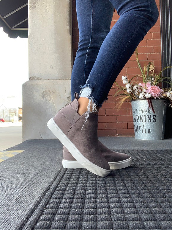 Mid Grey Diana Wedge Sneakers