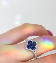 Load image into Gallery viewer, Gregg Ruth 18K Blue Sapphire Ring