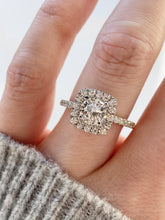 Load image into Gallery viewer, Forevermark Halo & Round Cut Diamond Engagement Ring