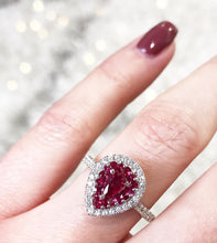 Load image into Gallery viewer, Gregg Ruth 18K Ruby Ring